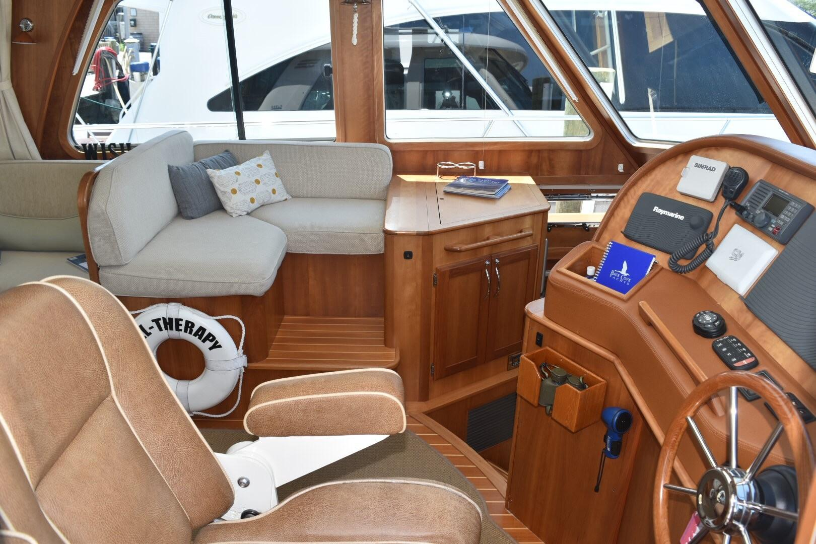 48 ft Sabre 48 SE Helm and Mate