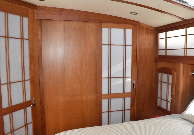 48 ft Sabre 48 SE Master Head with Shoji Doors Closed