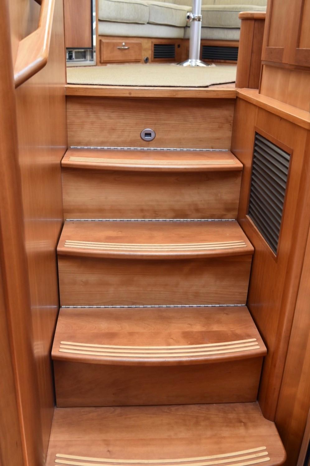 48 ft Sabre 48 SE Stair Storage