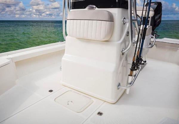 2017 Mako boat for sale, model of the boat is 21 LTS & Image # 37 of 72