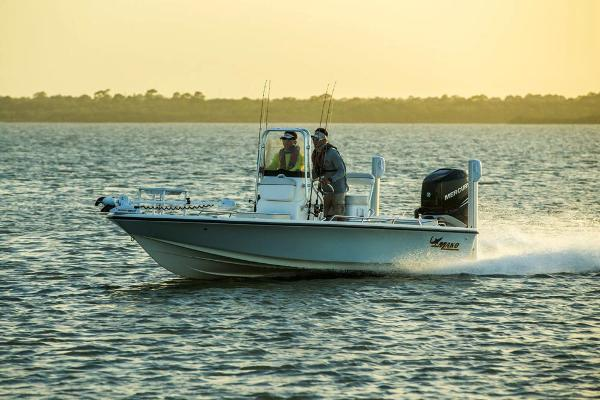 2017 Mako boat for sale, model of the boat is 21 LTS & Image # 4 of 72