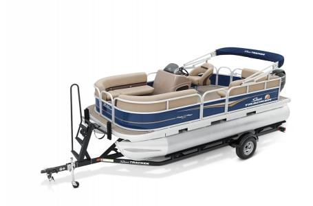 2020 Sun Tracker boat for sale, model of the boat is Party Barge 18 DLX & Image # 1 of 37
