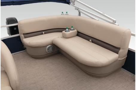 2020 Sun Tracker boat for sale, model of the boat is Party Barge 18 DLX & Image # 3 of 37