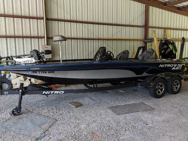 2020 Nitro boat for sale, model of the boat is Z21 Elite LX & Image # 6 of 48