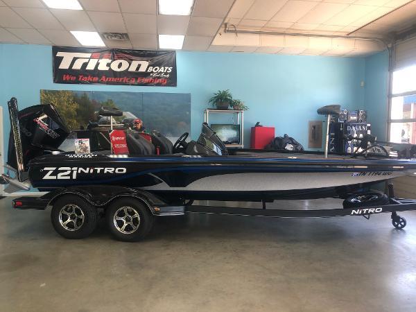 2020 Nitro boat for sale, model of the boat is Z21 Elite LX & Image # 1 of 48