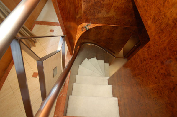 105 Broward Stairs To Guest Staterooms