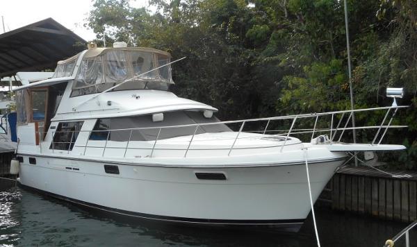 42' Carver 1988 4207 Aft Cabin Motor Yacht
