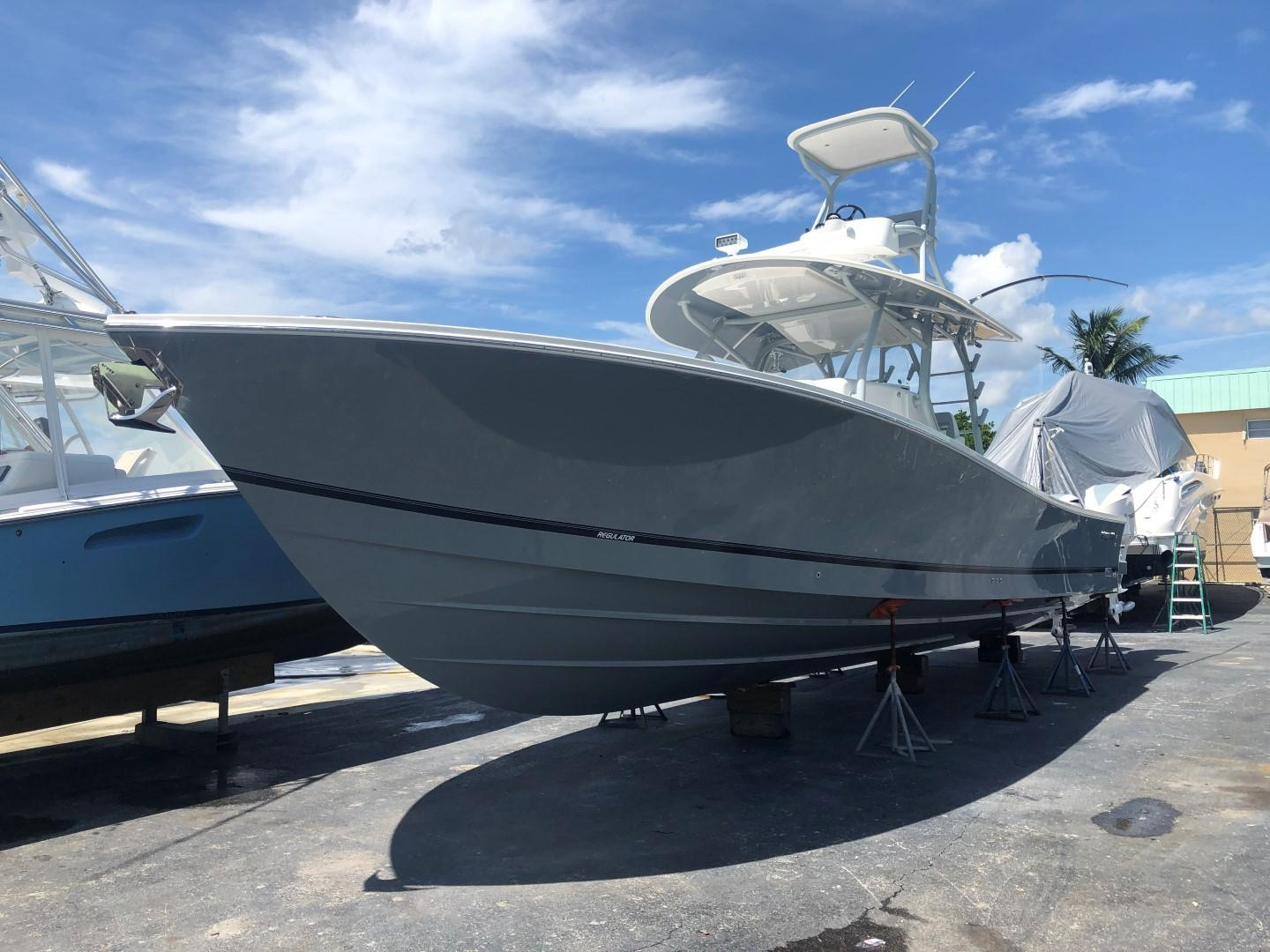 41' Regulator 2018