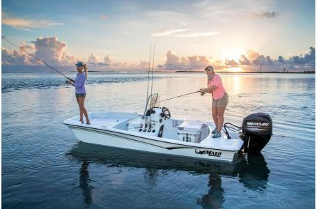 2020 Mako boat for sale, model of the boat is Pro Skiff 15 CC & Image # 1 of 38