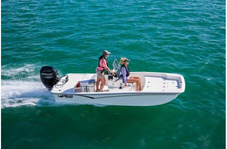 2020 Mako boat for sale, model of the boat is Pro Skiff 15 CC & Image # 12 of 38