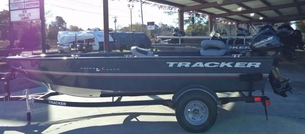 2018 TRACKER BOATS GUIDE V 16 LAKER DLX T for sale