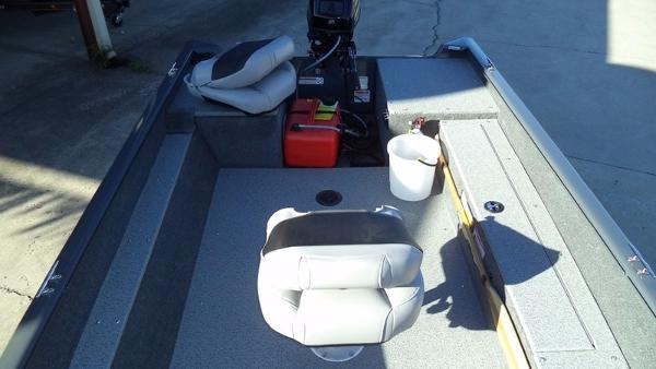 2018 Tracker Boats boat for sale, model of the boat is Guide V-16 Laker DLX T & Image # 5 of 11