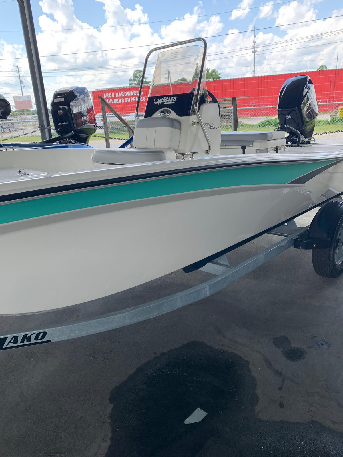 2020 Mako boat for sale, model of the boat is Pro Skiff 15 CC & Image # 18 of 38