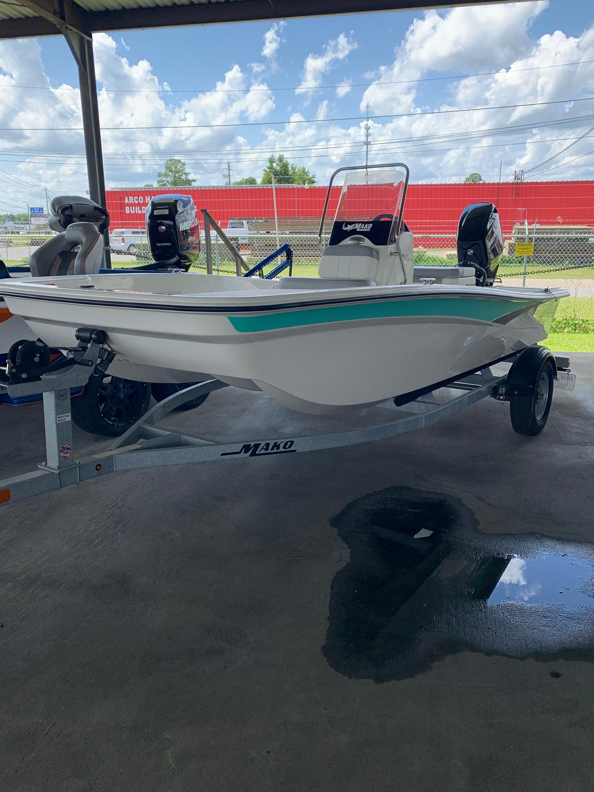 2020 Mako boat for sale, model of the boat is Pro Skiff 15 CC & Image # 29 of 38