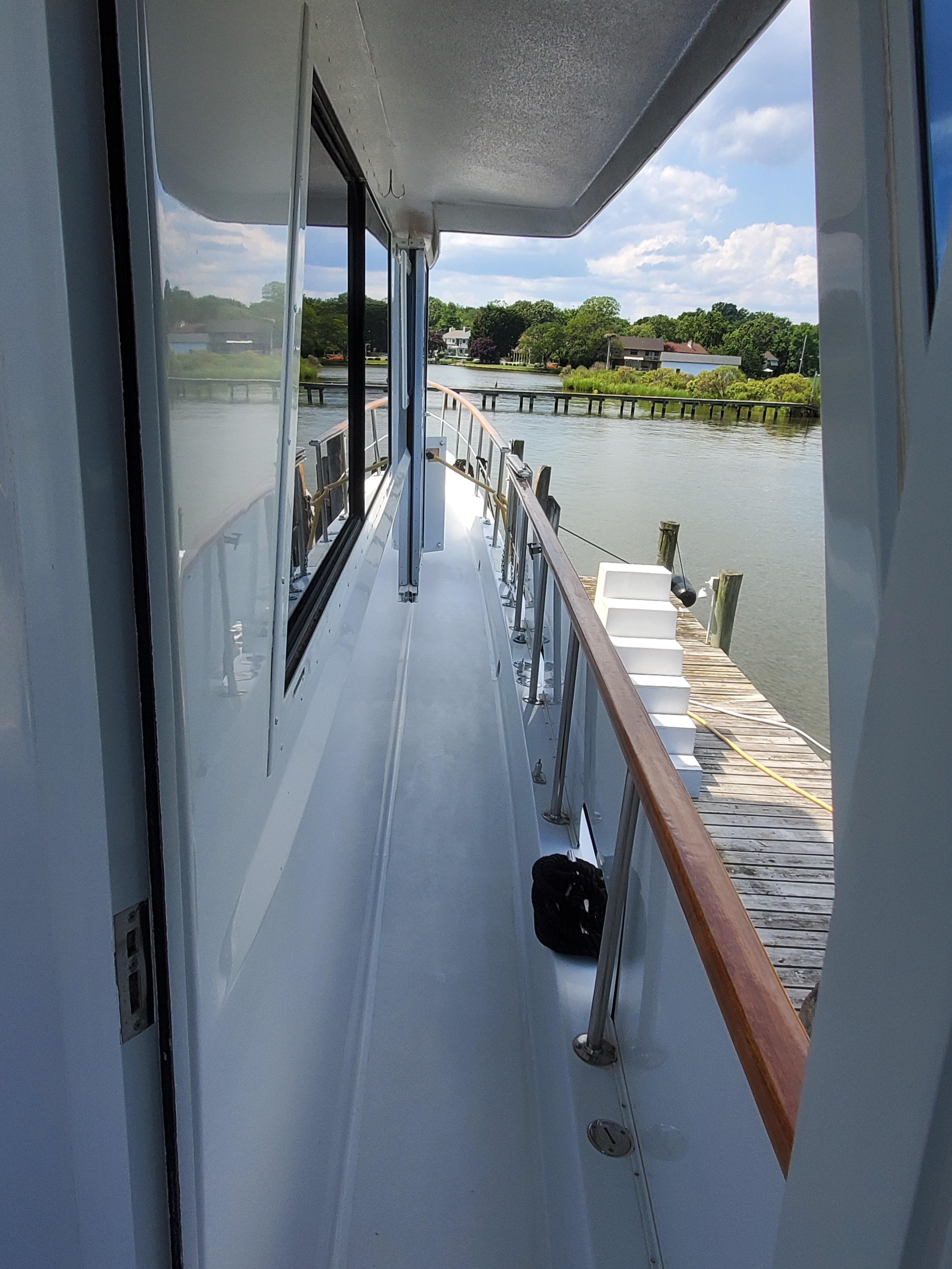Side decks
