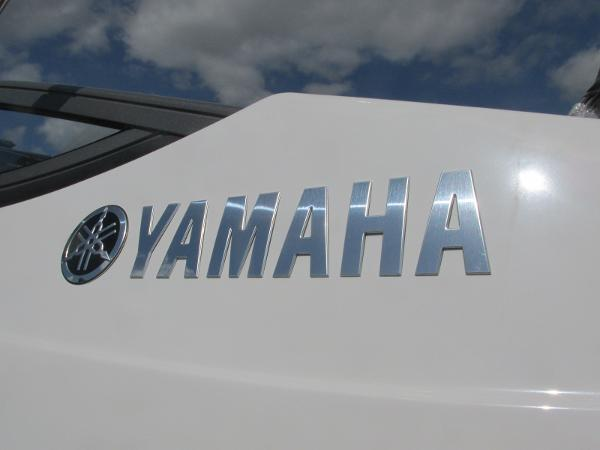 2020 Yamaha boat for sale, model of the boat is SX210 & Image # 37 of 39