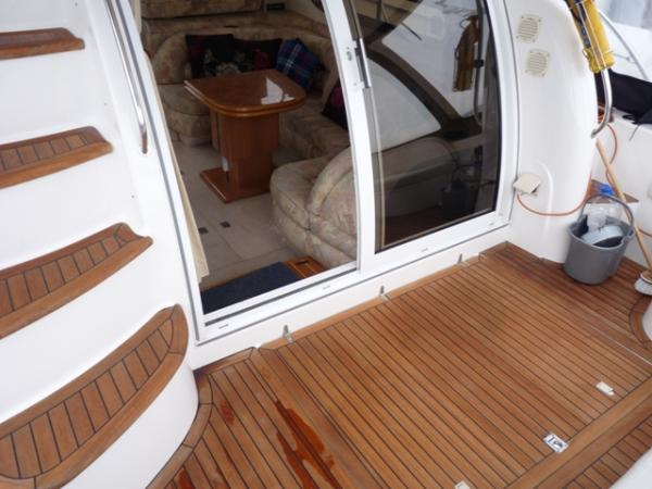 Sealine F44 Flybridge cruiser with Twin Volvo Penta TAMD63P's 370hp, ...