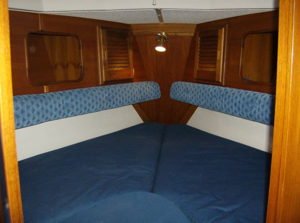 Forward Guest Berth