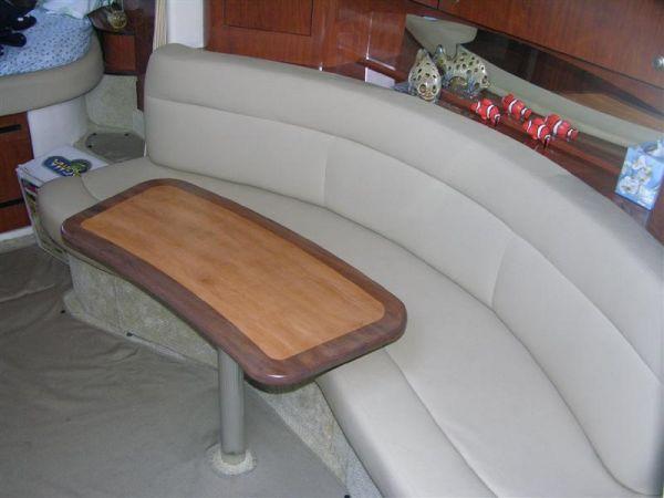 Salon Settee