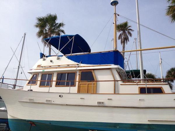 Used Albin Yachts for Sale | HMY Yacht Sales