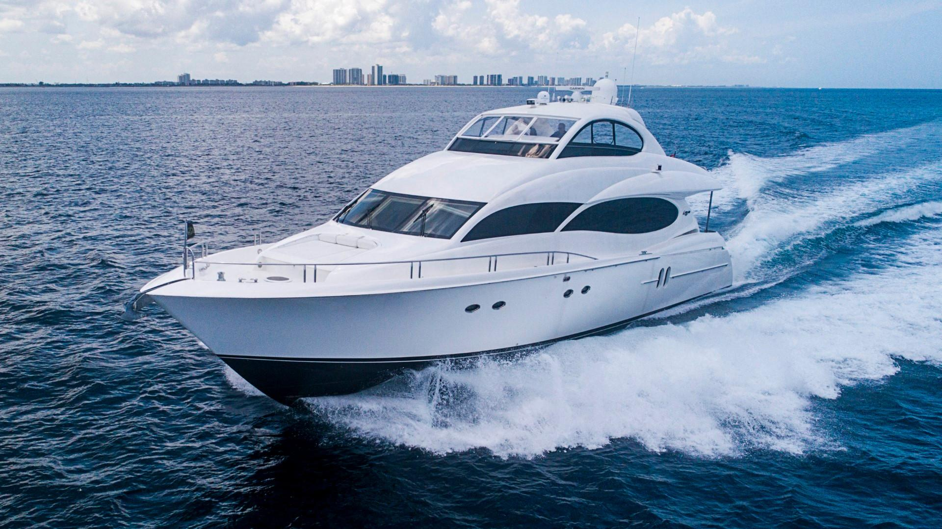Lazzara Yachts | Motoryacht, Pilothouse and Skylounge Models