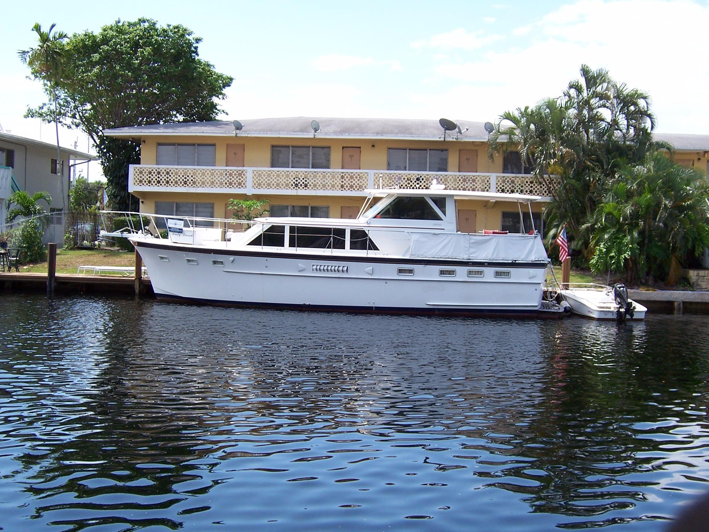 44' Hatteras 1968 Motor Yacht