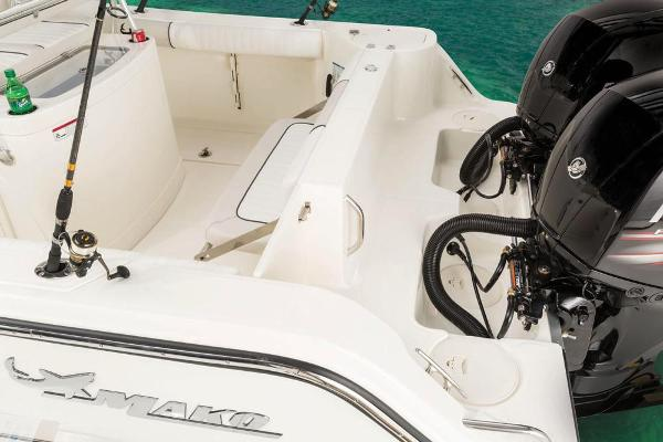 2017 Mako boat for sale, model of the boat is 234 CC & Image # 1211 of 1300