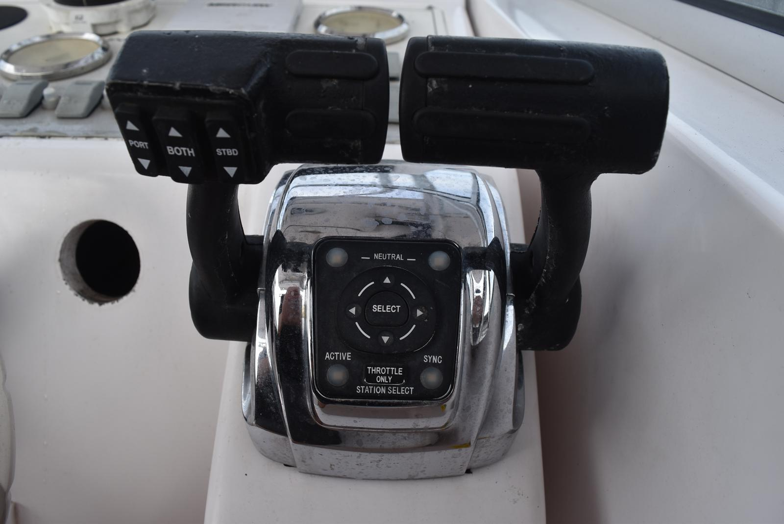 2000 Pro-Line boat for sale, model of the boat is 30 WA & Image # 30 of 35