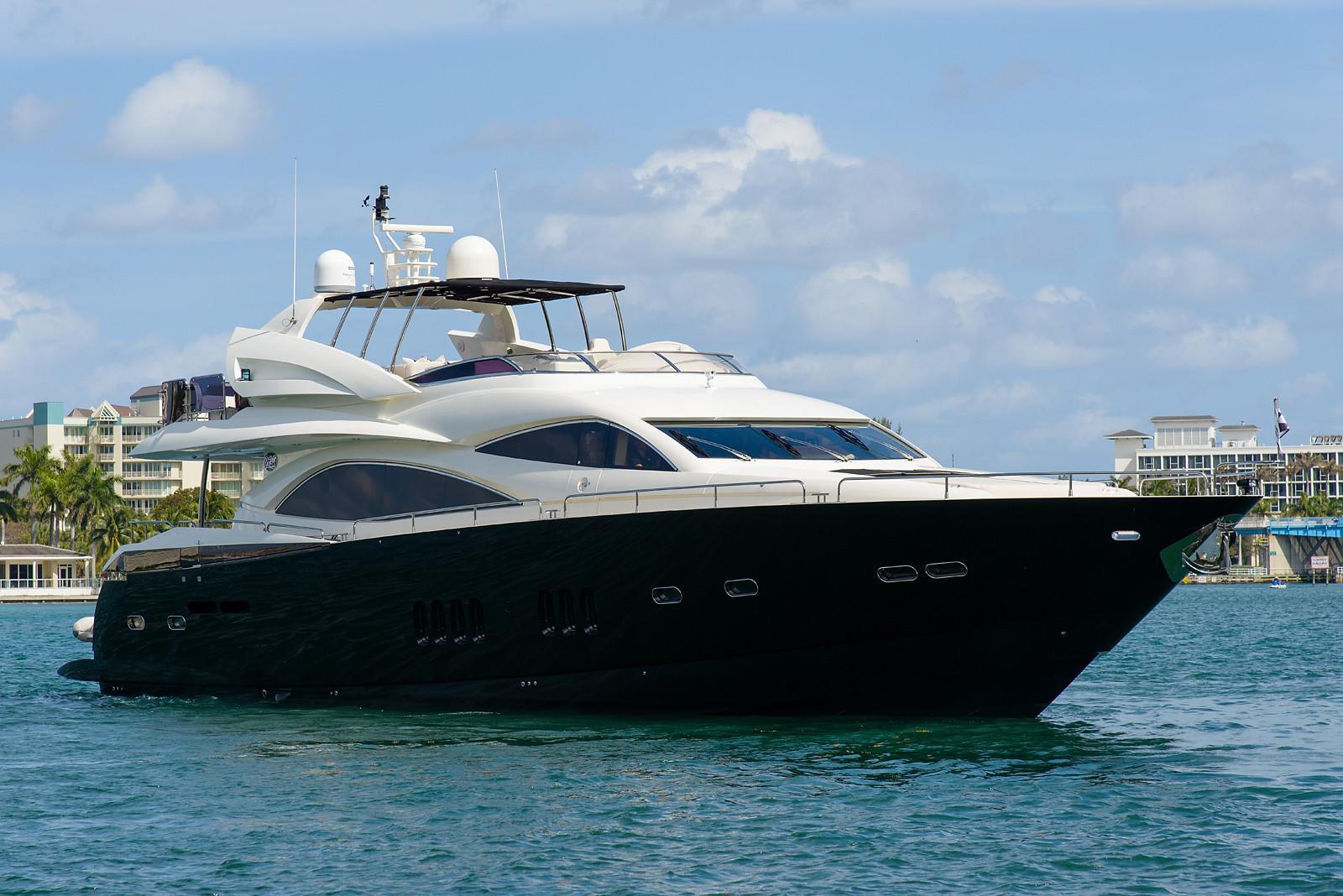 91.86 ft Sunseeker 90 Yacht