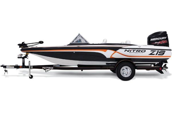 2017 Nitro boat for sale, model of the boat is Z19 Sport & Image # 4 of 37
