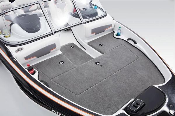 2017 Nitro boat for sale, model of the boat is Z19 Sport & Image # 5 of 37