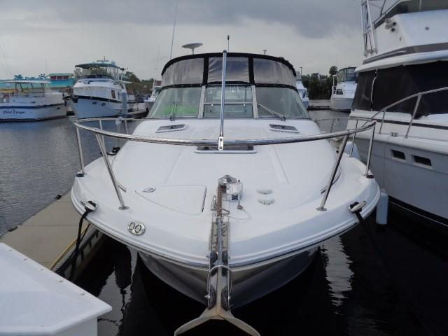 Sea Ray 290 Sundancer - Bow