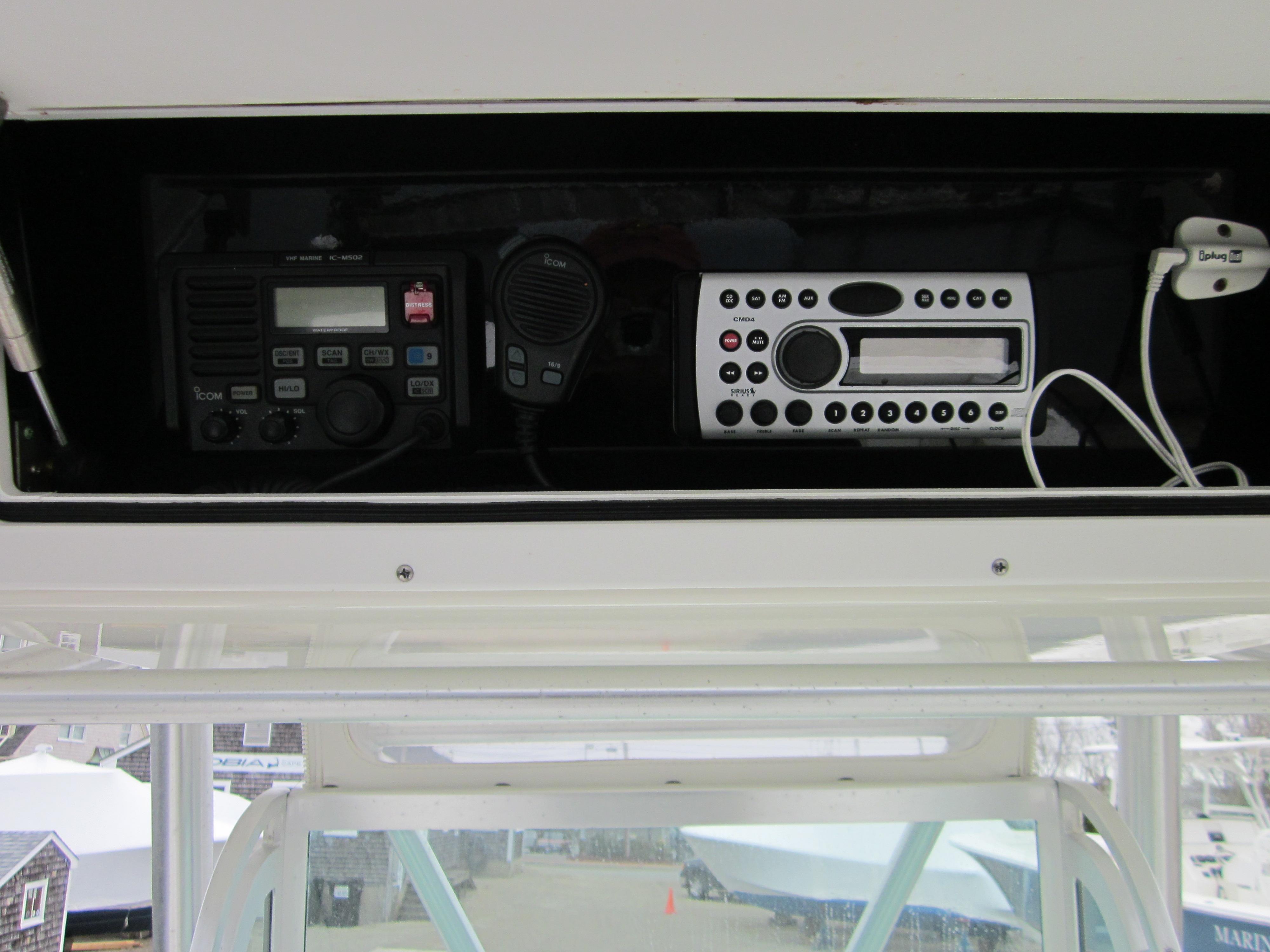 Regulator26 Center Console