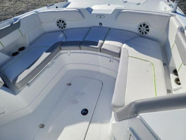 2021 Tahoe boat for sale, model of the boat is 2150 CC & Image # 8 of 10