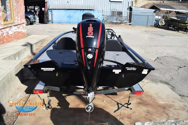 2020 Tracker Boats boat for sale, model of the boat is Pro Team™ 195 TXW & Image # 4 of 50