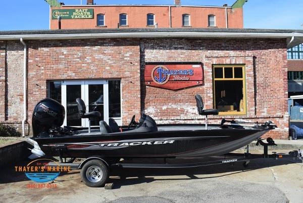 2020 Tracker Boats boat for sale, model of the boat is Pro Team™ 195 TXW & Image # 6 of 50