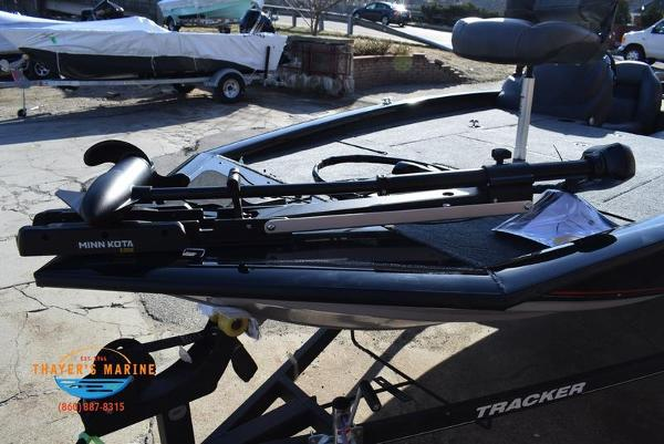 2020 Tracker Boats boat for sale, model of the boat is Pro Team™ 195 TXW & Image # 8 of 50