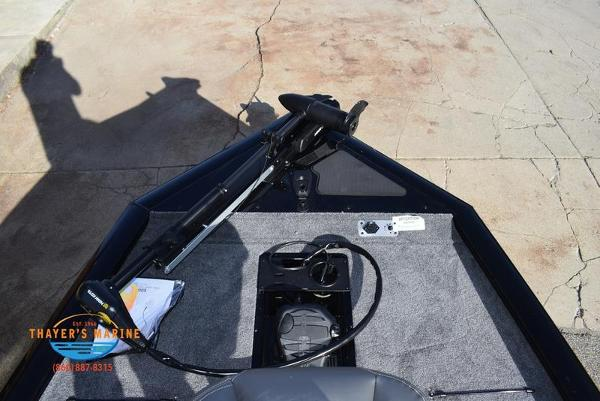 2020 Tracker Boats boat for sale, model of the boat is Pro Team™ 195 TXW & Image # 9 of 50