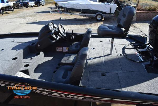 2020 Tracker Boats boat for sale, model of the boat is Pro Team™ 195 TXW & Image # 12 of 50