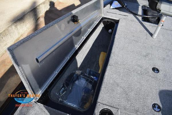 2020 Tracker Boats boat for sale, model of the boat is Pro Team™ 195 TXW & Image # 17 of 50