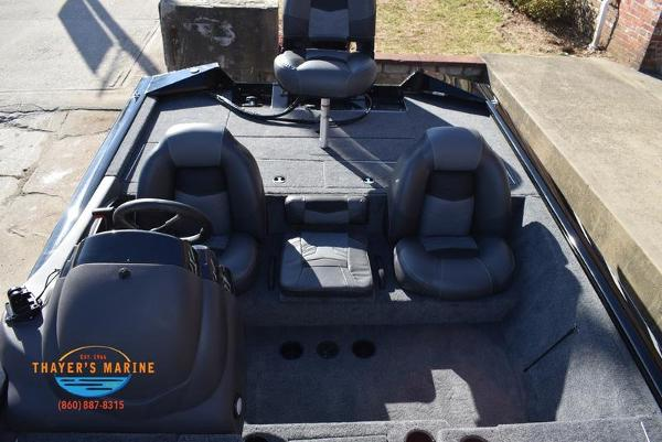 2020 Tracker Boats boat for sale, model of the boat is Pro Team™ 195 TXW & Image # 25 of 50