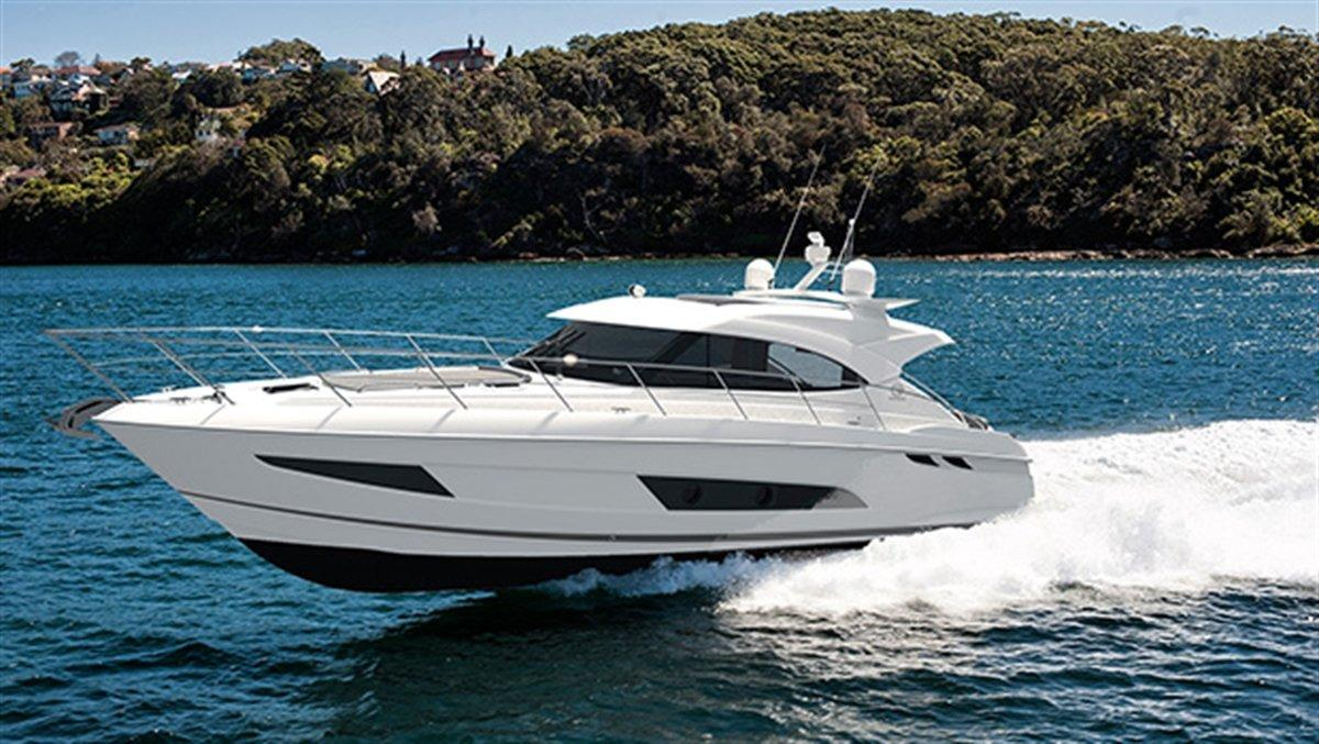 Riviera 4800 Sport Yacht with IPS