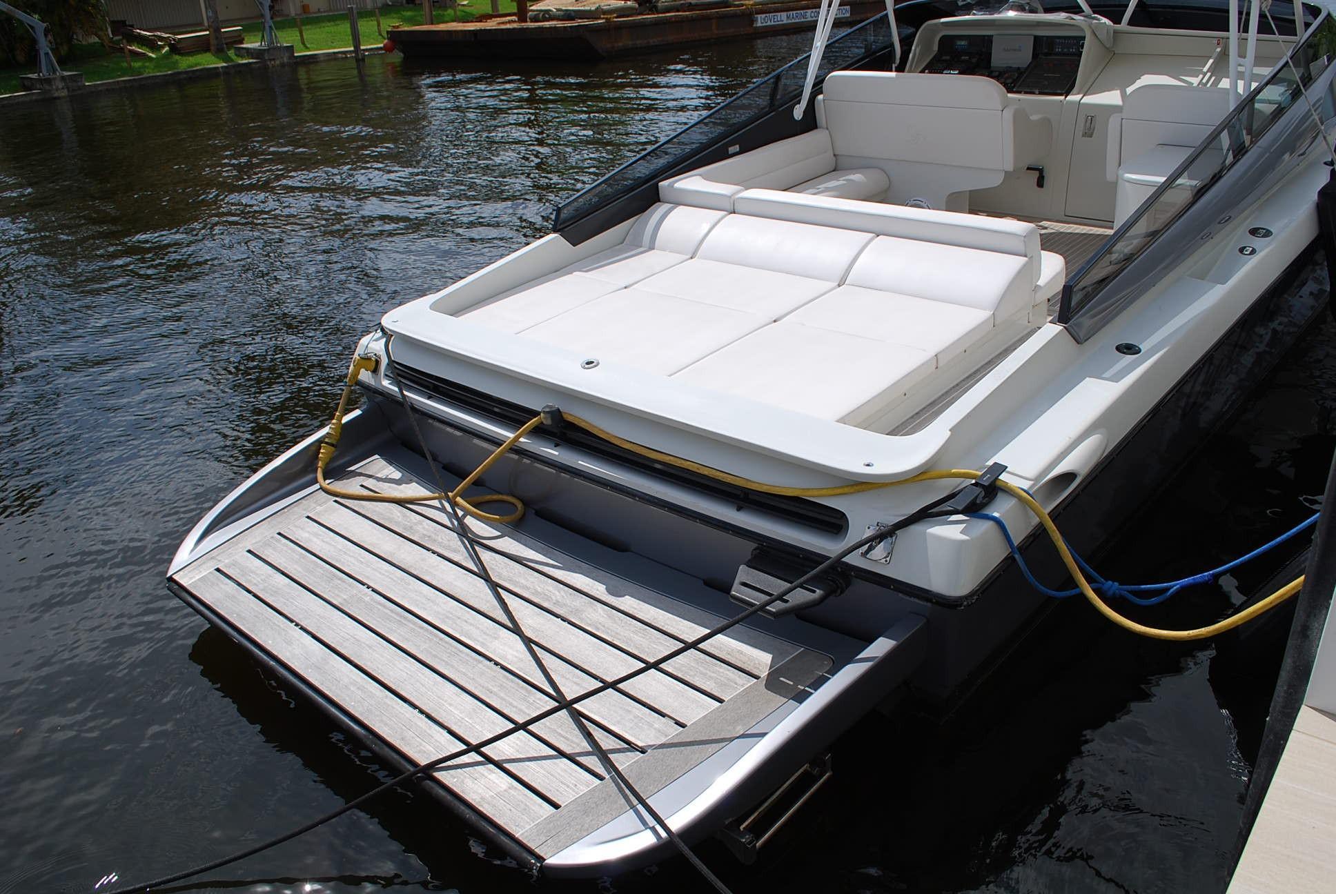 2010 Otam 45- Swim Platform & Sunpads
