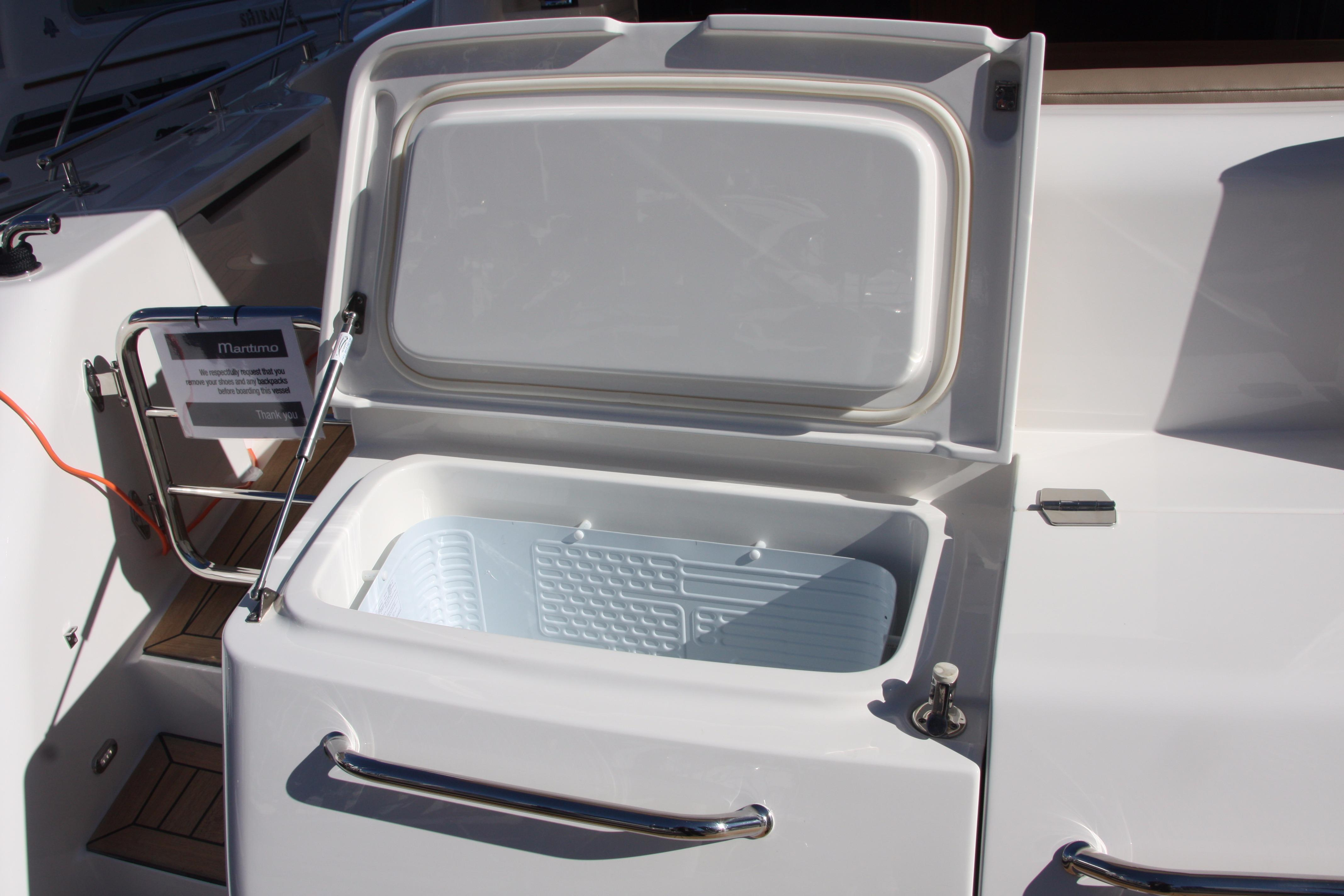 Transom Plate Cooler