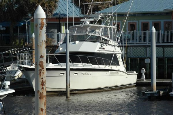 Hatteras 50 Convertible Convertible Boats. Listing Number: M-3196192