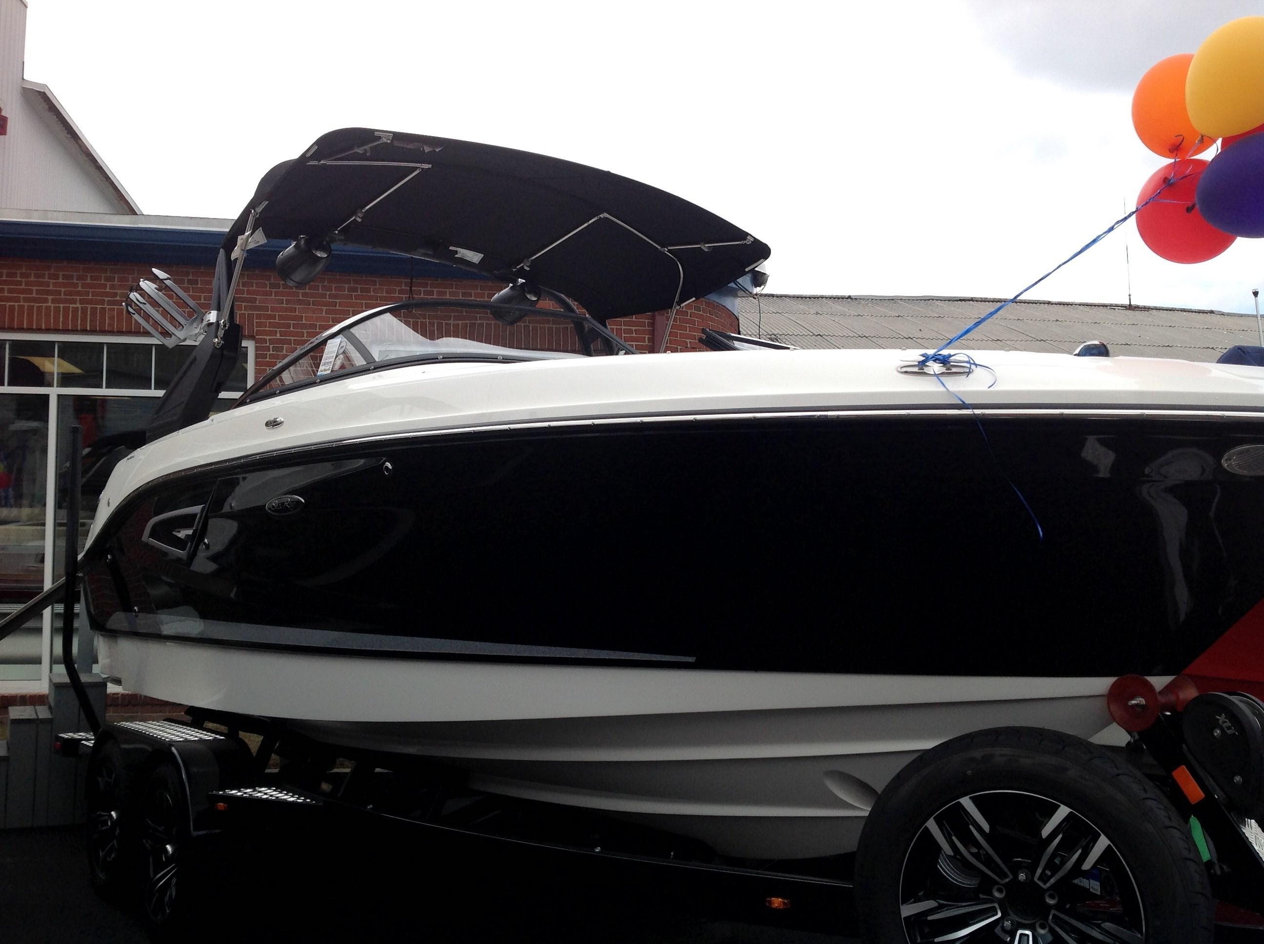 2018 SEA RAY 230 SLX W for sale
