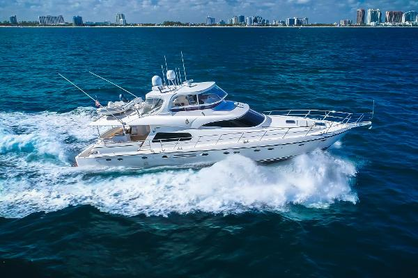 2010 70' Johnson 70 Motor Yacht