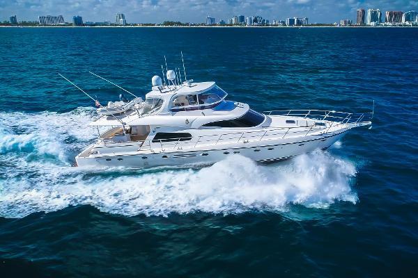 2010 70' Johnson 70 Motor Yacht
