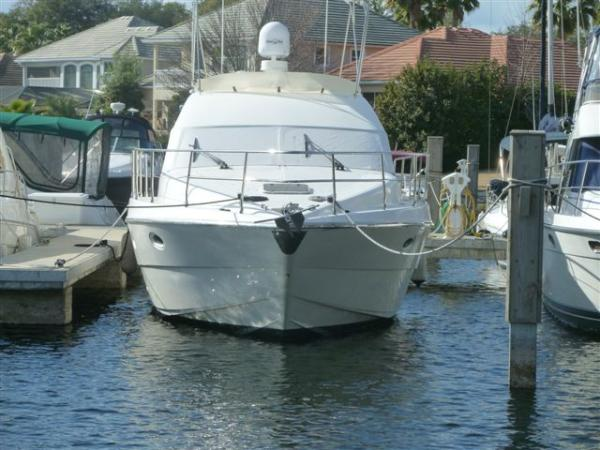 Azimut 36 Motor Yachts. Listing Number: M-3516239 36' Azimut 36