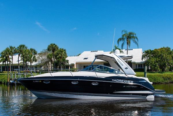 2013 34' Monterey 340 Sport Yacht